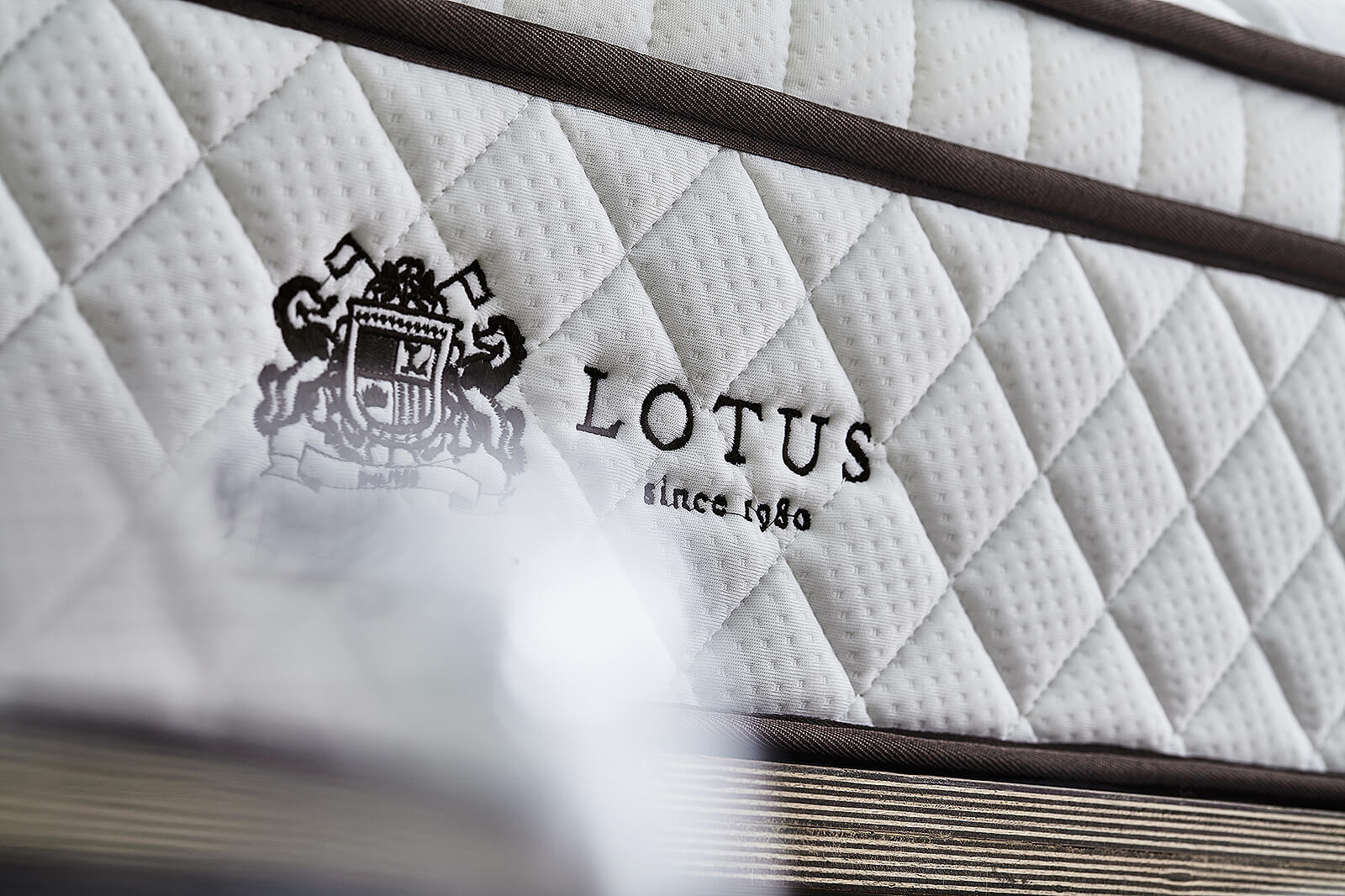 Lotus Mattress Damian