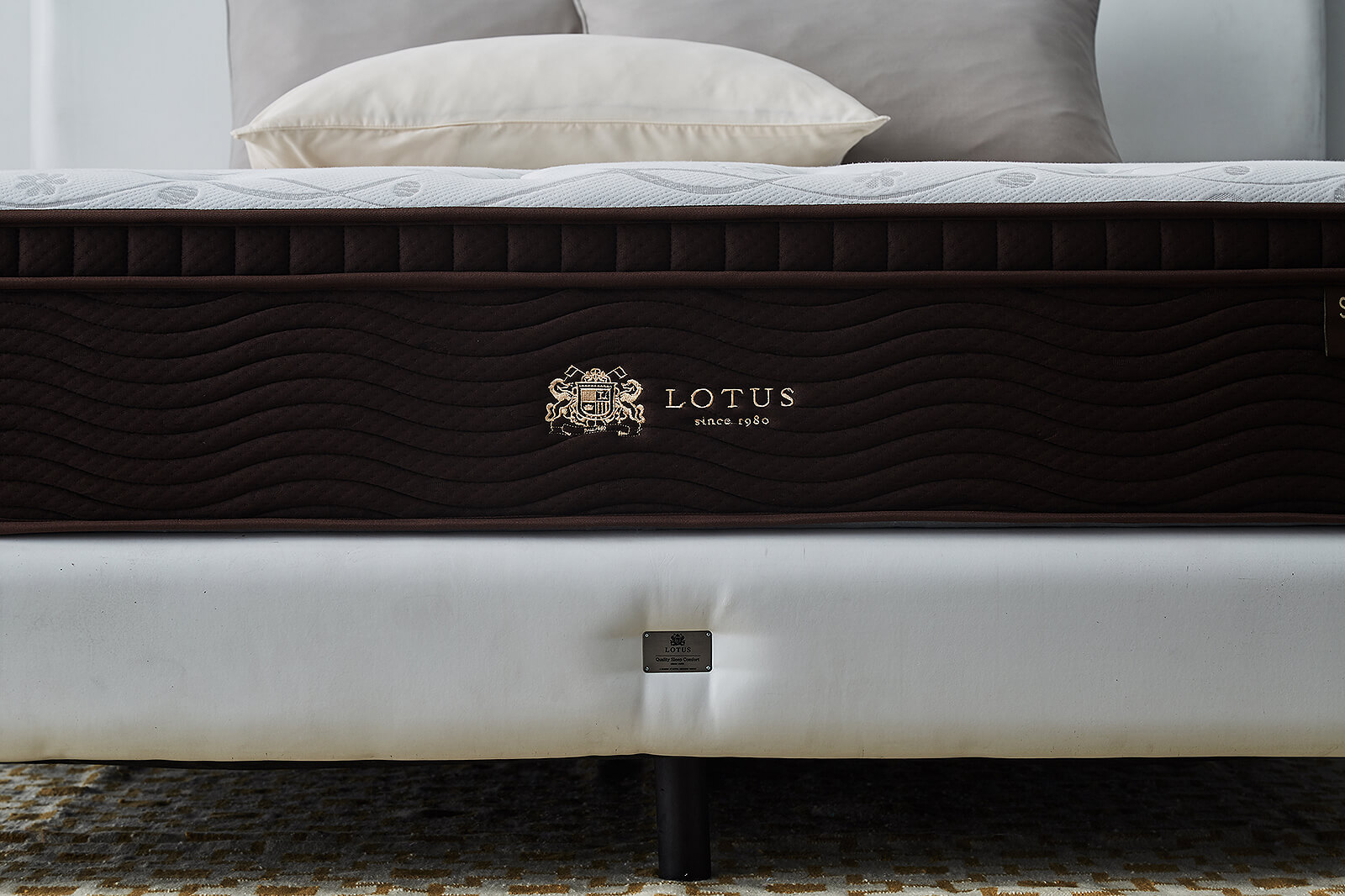 Lotus Mattress Modica