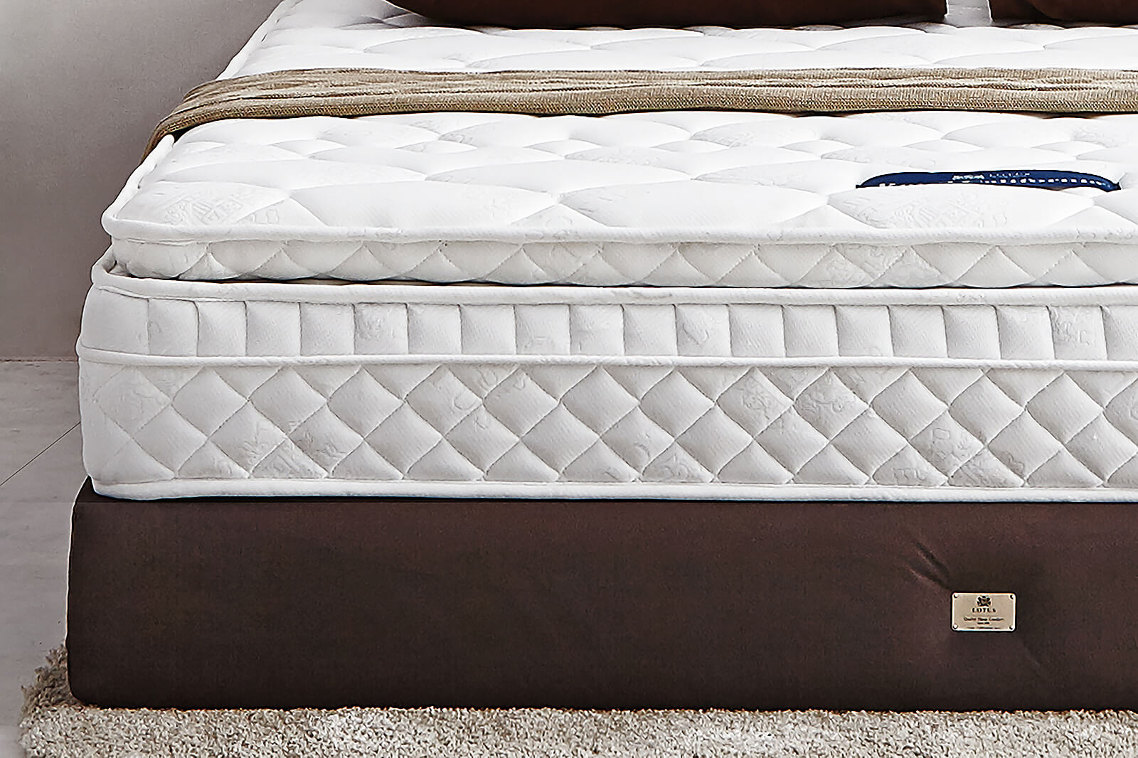 Lotus Mattress Royal California