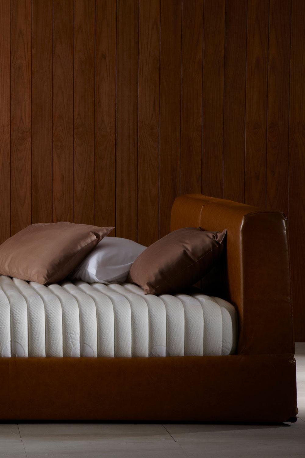 ที่นอน Omazz รุ่น Falcohn